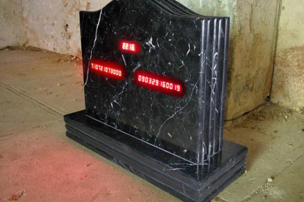 Arte y Antropología Cultural Arte Espacio Específico o Specific Site, Instalaciones Arte Environment-al. SaMsara (New Media Art) Arte Digital arte contemporáneo arte cubano contemporáneo con real time clock calendar